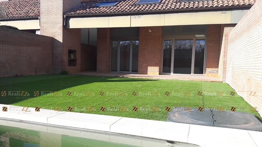 Realizza-La-Finca,-adosados-con-jardin-,-urbanizacion-la-finca-venta-
